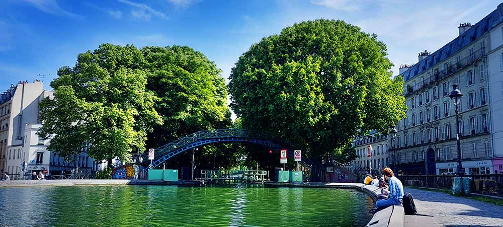 Team building à Paris insolite : balade touristique au Canal Saint-Martin