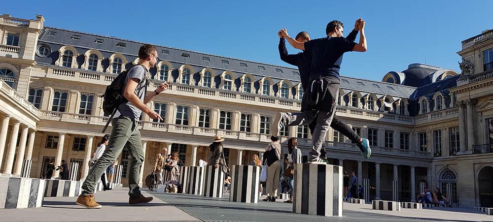 Discover Palais Royal district, a cohesive team building experience in Paris
