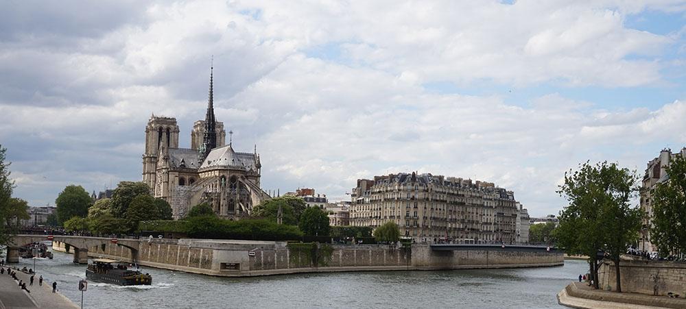 Jeu de piste team building Notre-Dame : découvertes insolites