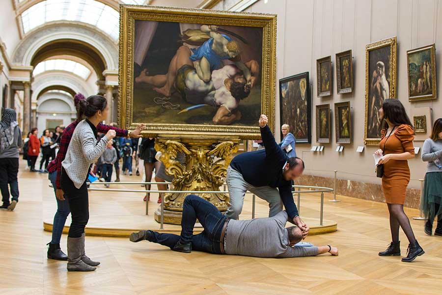 Activité ludique à Paris musée du Louvre
