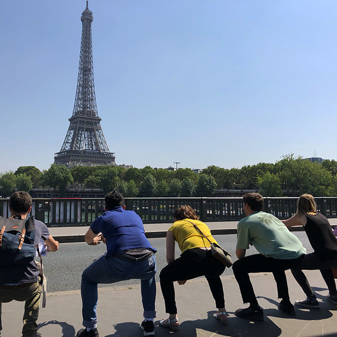 team building tour eiffel