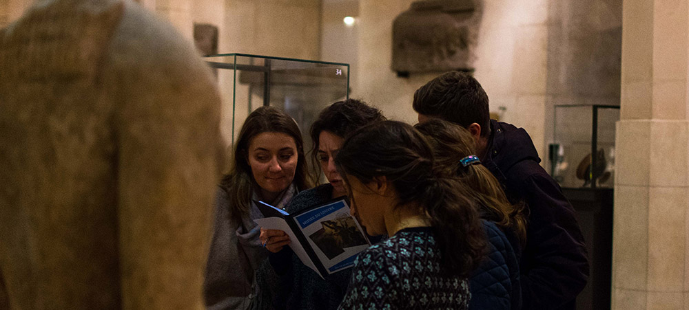 Treasure hunt at the Louvre: our cultural and playful team building