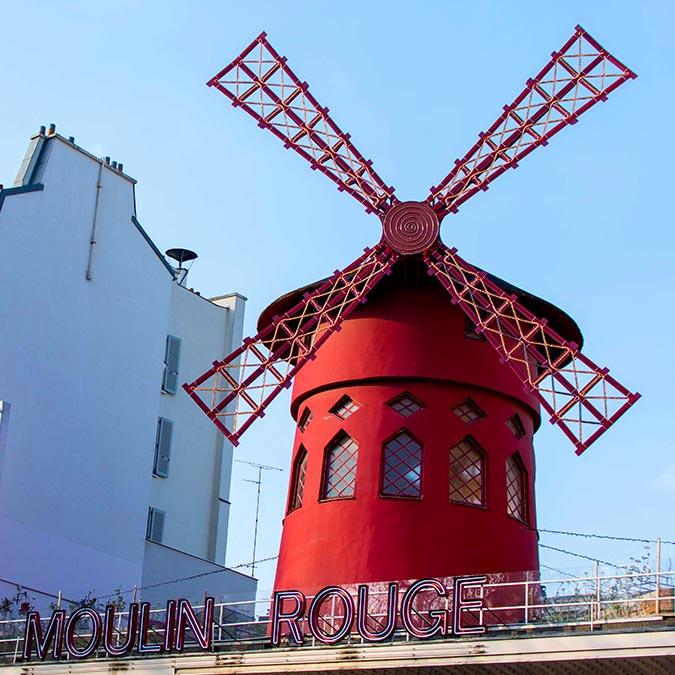 team building montmartre Moulin Rouge