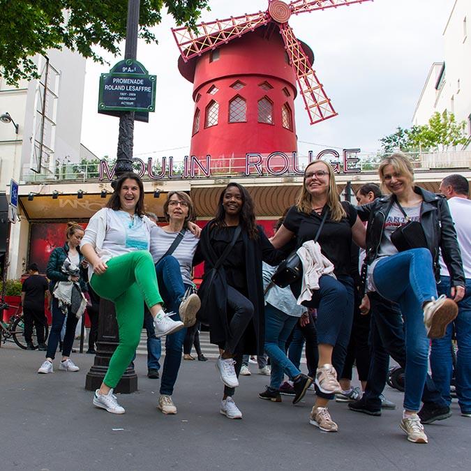 Team building scavenger hunt in Montmartre 2
