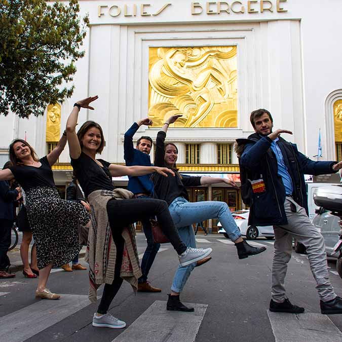 team building activity in the cover passages folies bergere
