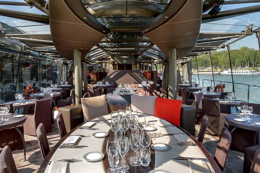 consulting événementiel sur mesure bateaux parisiens
