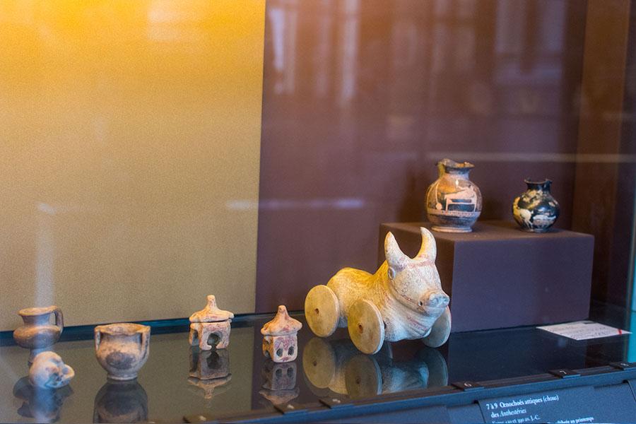 uvres insolites du Louvre Jouets dans la Grèce antique