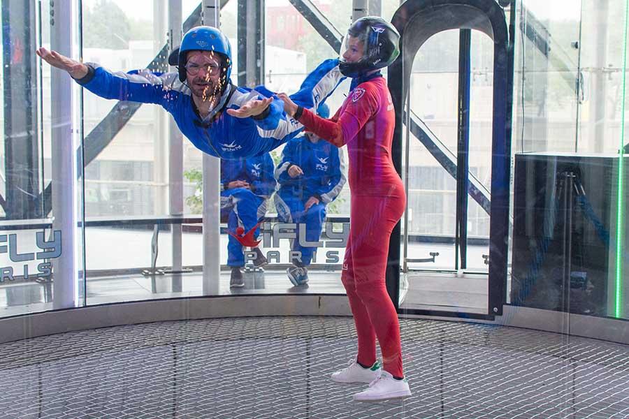 simulateur de saut en parachute Ifly