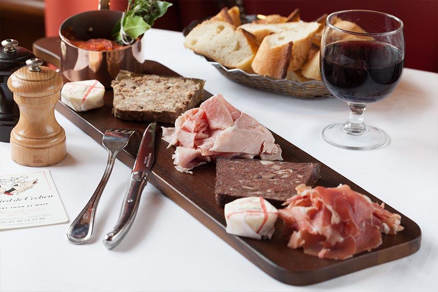 cuisine française à Paris Au pied de cochon
