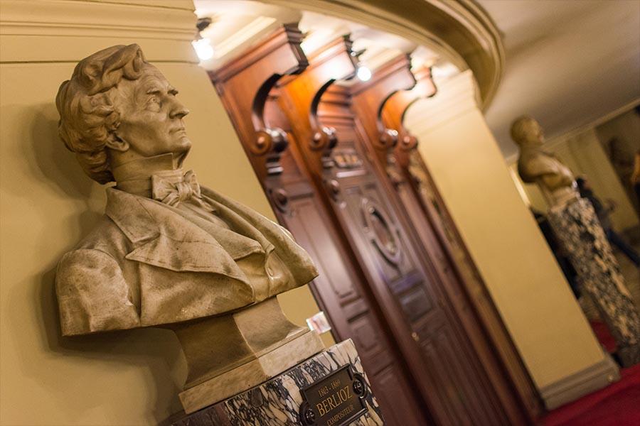 Berlioz chest Opera Garnier