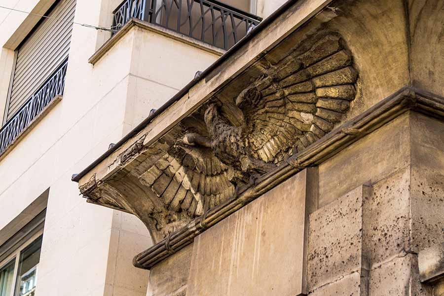 Fellah fountain in Paris detail eagle