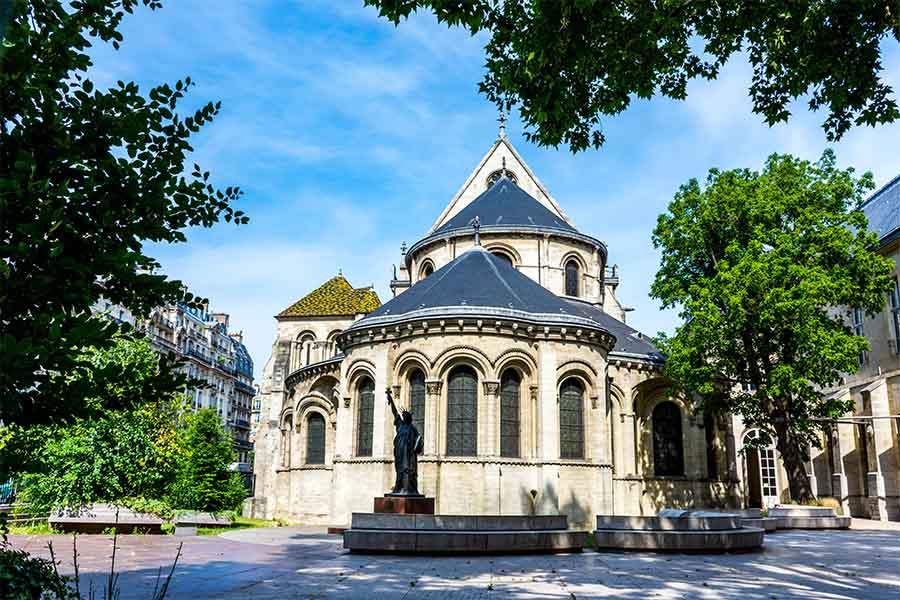 statue de la liberté paris jardin musée des arts et métiers
