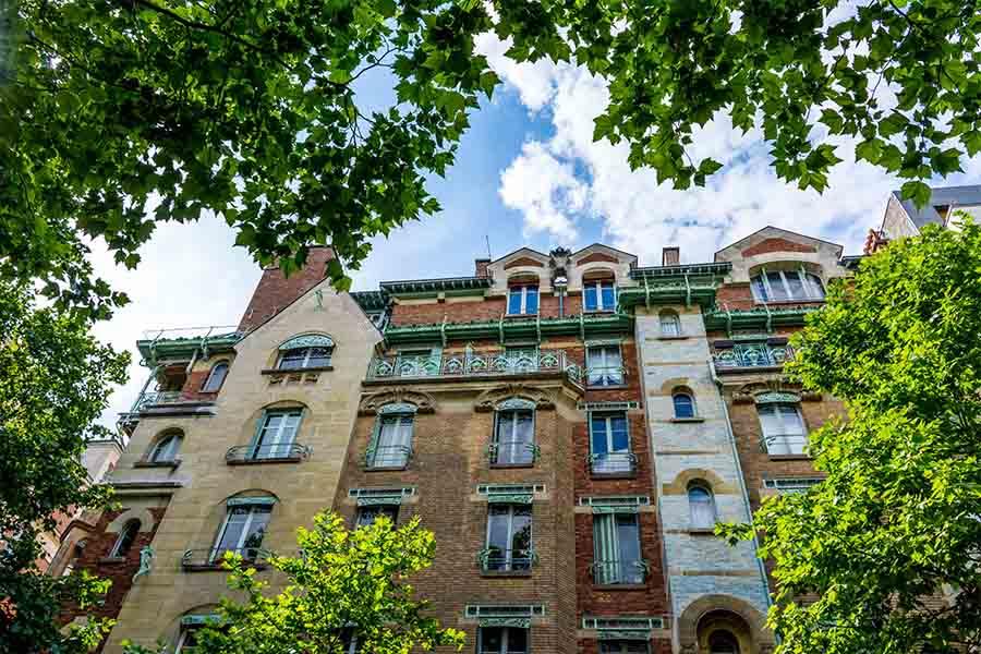 immeuble insolite Paris Castel Béranger