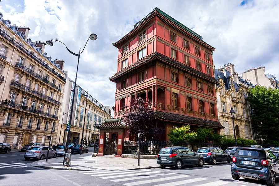 immeuble insolite Paris pagode chinoise vue d'ensemble