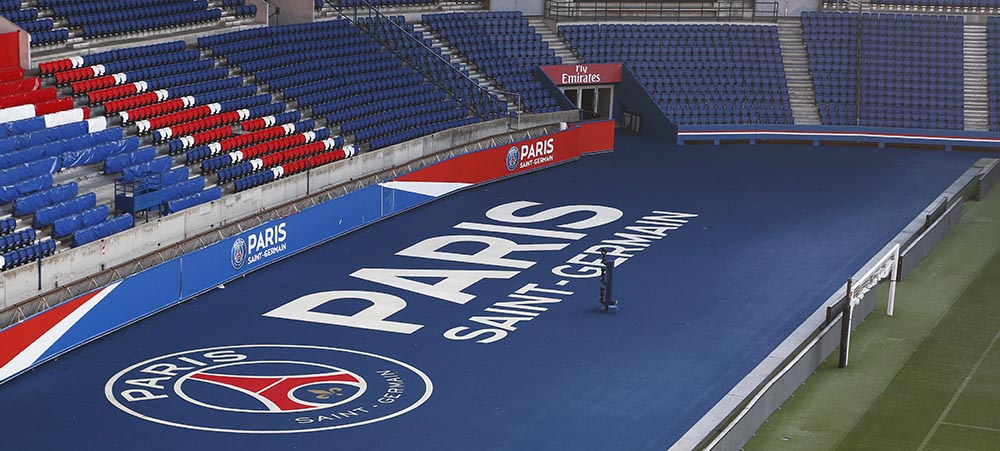 Unusual activity in Paris for companies: lunch and visit of the Parc des Princes Stadium